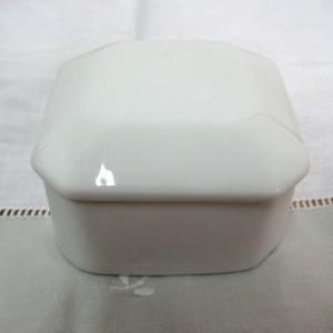 Κουτί πορσελάνη τετράγ. άσπρο 6,5Χ6,5Χ4,5